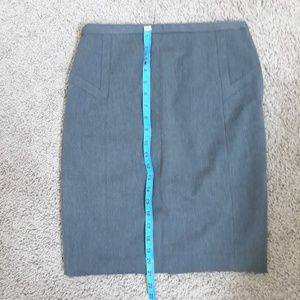 EXPRESS gray pencil skirt lined perfect condition